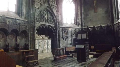 interno due saluzzo la chiesa di san e la cappella dei marchesi di