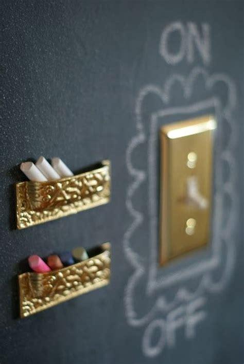 chalkboard paint coverage stopcontact versieren interieur insider