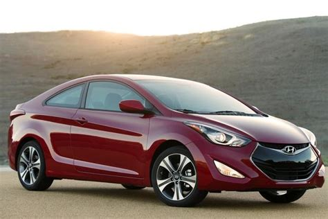 New 2014 Hyundai Elantra by 2014 Hyundai Elantra New Car Review Autotrader