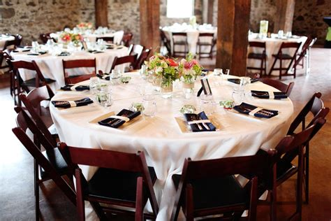 Wedding Vase Rentals A Rustic Chic Wedding For Tiffany Amp Anthony Encore