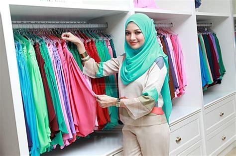 berita gaya hidup terkini tren fashion info shopping neelofa atur strategi bina empayar selebriti utusan online