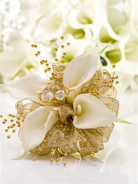 whats corsage style for 2015 prom corsages glitterati style a boston area prom