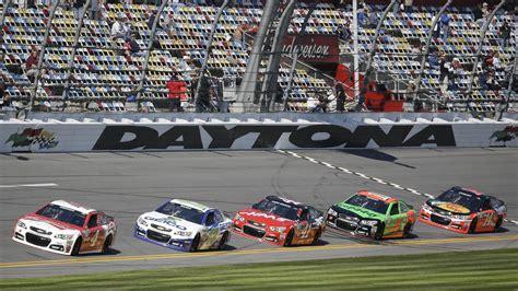 daytona races daytona 500 nascar s bowl offers bargain pricing for advertisers
