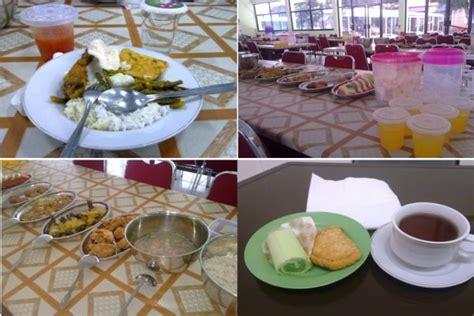 Meja Makan Asrama kehidupan asrama fasilitas istimewa untuk belajar ahsanfile