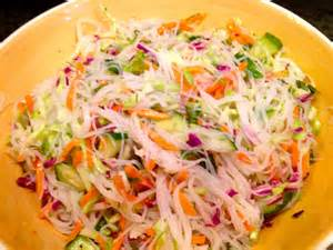 rice noodle salad gluten free boston girl cold rice noodle salad with spicy lime vinaigrette