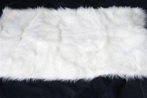 Fluffy White Rug by Black Fuzzy Rug Rugs Ideas