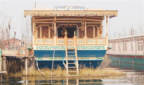 house boat srinagar price light house houseboat srinagar rooms rates photos