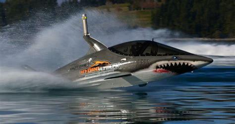 jet shark boat roboshark shark meets machine living a kiwi life ep