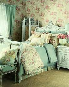 chic bedroom decor 30 shabby chic bedroom decorating ideas decoholic
