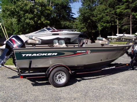 bass pro deep v boats 2003 tracker pro deep v 17 sc with mercury 50 elpt 4