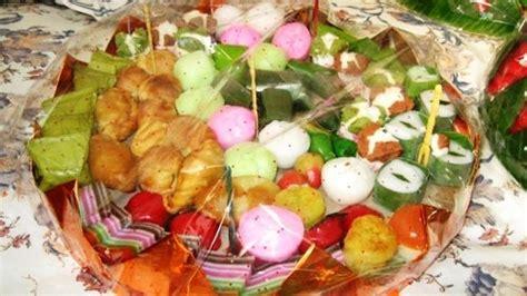 Kue Jajanan Pasar Uk 5a day 5a kue subuh pasar senen 1 irfansyah7
