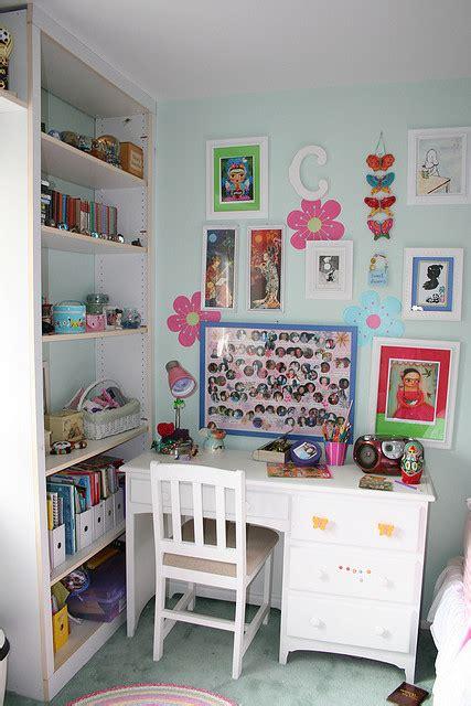 Kinderzimmer Mit Schreibtisch Forafrica