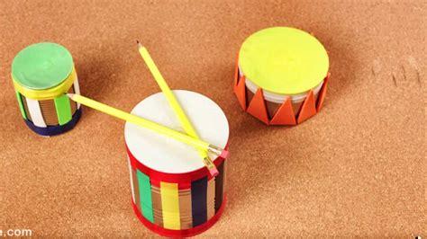 como hacer un tambor como hacer tambores con latas y globos juguetes para