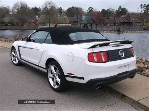 2012 ford mustang gt convertible premium 2 door 5 0l nascar pace car 6 speed