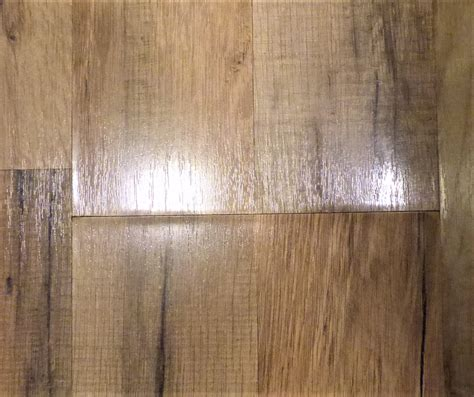 Which Is Better Luxury Vinyl Plank Or Laminate - choose for me laminate or luxury vinyl flooring