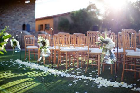 outdoor wedding aisle elizabeth designs flowers lining aisle outdoor wedding ceremony elizabeth