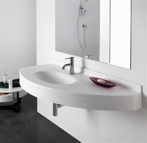lavabo sospeso con o senza semicolonna il lavabo sospeso regala pi 249 spazio