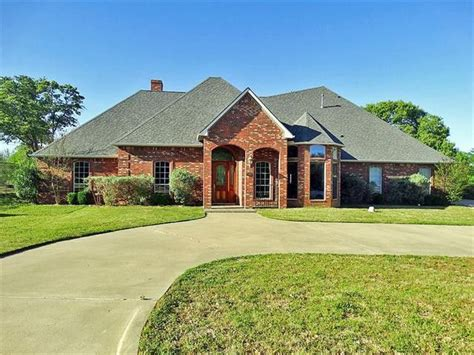 599 country club cir athens tx 75751 home for sale and