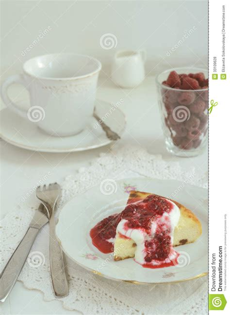 Cottage Cheese Toppings by Cottage Cheese Baked Pudding With Raspberry Topping