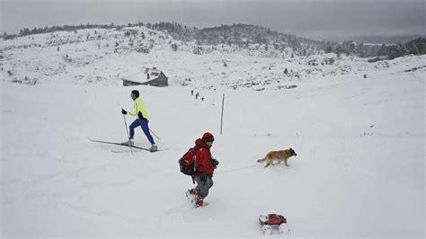 cadenas nieve obligatorias cortado el puerto de belagua por la nieve y son