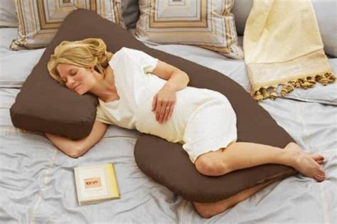 most comfortable pillow ever the 20 greatest pillows of all time gallery