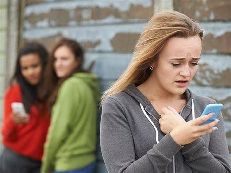 casi di bullismo bullismo a scuola dal san carlo al resto d italia