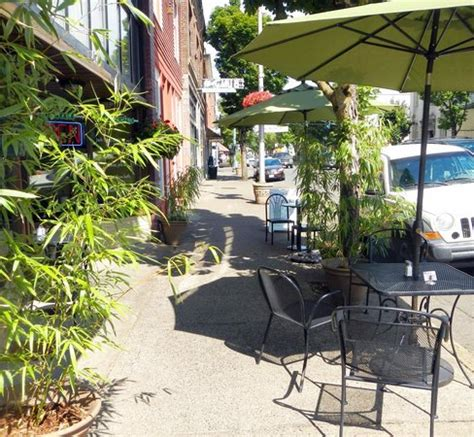 Things To Do In Cottage Grove Oregon by St Sidewalk Dining Picture Of Historic District