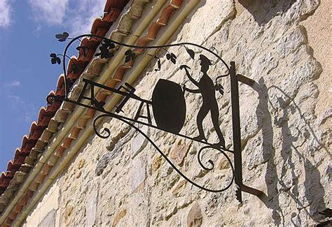 letter rubber st http www coppo net img gallery insegne medievali ferro