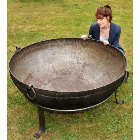 Large Firepit Wonko S School Of Cake Forums Portal