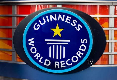 World Records Trophy Nissan Gets At Guinness World Records Title Trophy Nissan Prlog