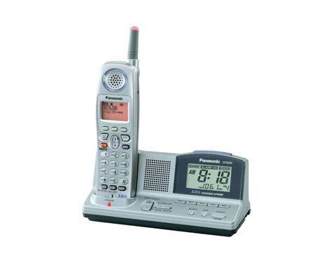 panasonic kx tga523m 5 8 ghz fhss gigarange supreme expandable digital handset w am fm clock