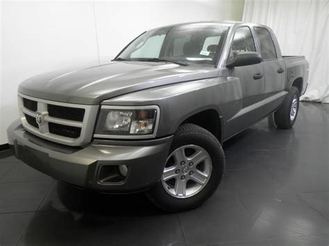 2011 Dodge Dakota Crew Cab Big Horn/Lone Star 5.25 ft for