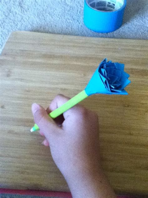 What Can You Make With Paper And Scissors - how to make a duct flower pen