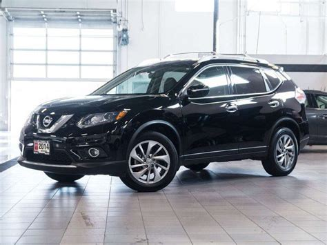 black nissan rogue 2014 2014 nissan rogue sl premium awd black auto loan kelowna