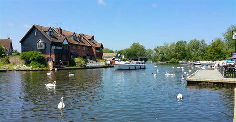Norfolk Broads Cottage Holidays by Norfolk Broads Cottages Wroxham Cottages
