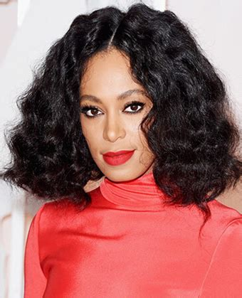 Solange Hair Styles Parted In The Middle   solange knowles centre parted waves
