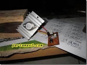 Rak Komponen Elektro regulator tegangan dc dengan ic lm 317 pertamax7