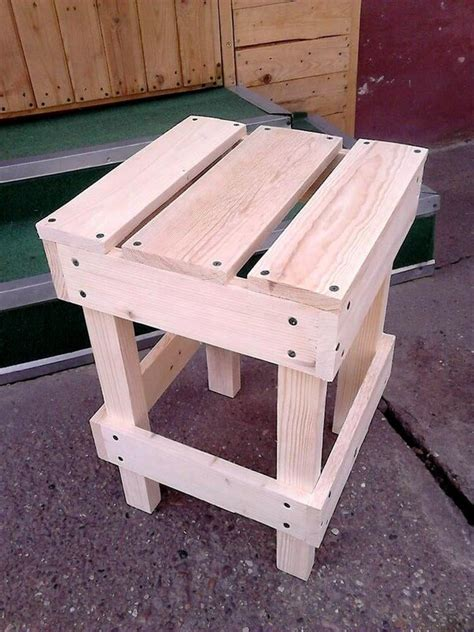 Bar Stools Made From Pallets by Wooden Pallet Stools Bar Stools Ideas Pallets Designs