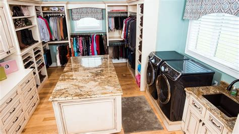 Room Decore by Luxury Homes Now Include Luxury Laundry Rooms