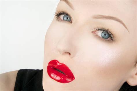 Lipstik Glossy glossy lipstick www pixshark images galleries