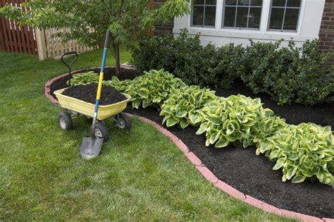 garten pflanzen ohne gießen gartenbew 228 sserung f 252 r eine moderne gartengestaltung