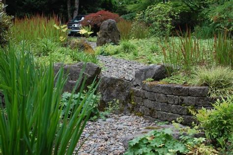 japanese garden with retaining wall landscaping ideas