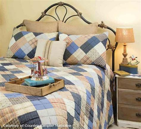Country Bedspread   Cornflower Patchwork   Retro Barn