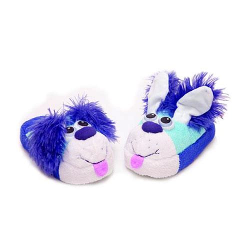 stumpies slippers 12 08 12 stompeez slippers for the holidays giveaway