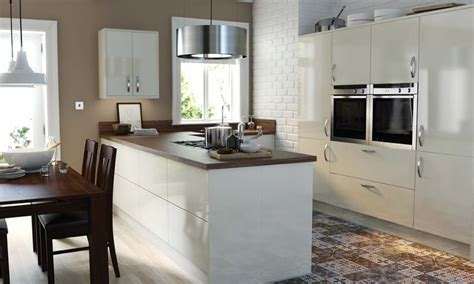 wren kitchen design 12 best images about wren s modern kitchens on pinterest