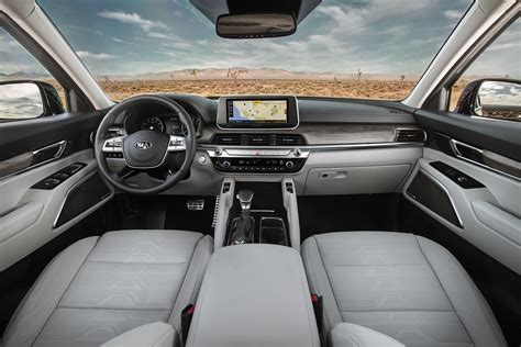 Kia Telluride 2020 Interior by 2020 Kia Telluride Suv Is A Gentle Of A Family Car