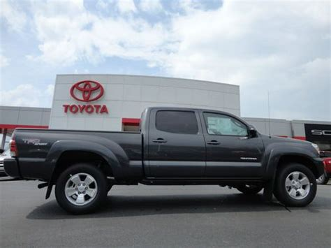 toyota ta bed for sale 2013 toyota ta a v6 4x4 v6 4dr cab 5 0 ft sb 6m for
