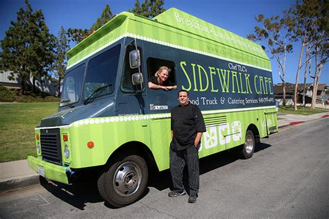 comfort food truck newport beach magazine chef tlc s sidewalk cafe offers