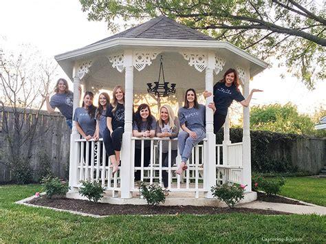 the magnolia house visiting the magnolia house in waco texas capturing joy with kristen duke
