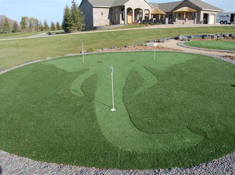 backyard putting green turf putting green turf home design lover best backyard